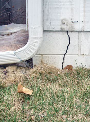foundation wall cracks due to street creep in Warren